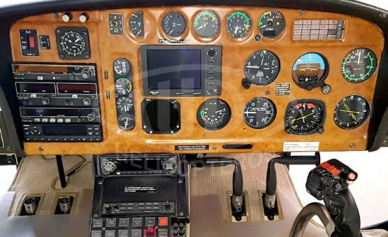 Esquilo AS350 B2 - Cabine dos Pilotos